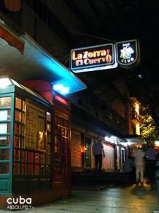 night club in Vedado La zorra y el cuervo © Cuba Absolutely, 2014